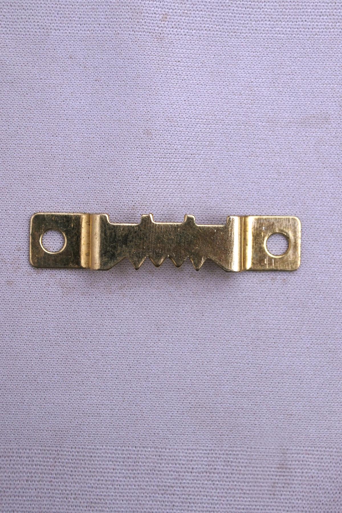 c-07-gold